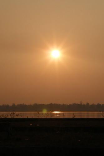 011.湄公河的日出 (7)
