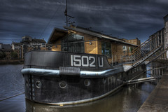 Office block (Gareth Weeks | www.garethweeks.com) Tags: sea water canon scotland boat office edinburgh exposure ship leith hdr officeblock photomatix handheldhdr 450d anawesomeshot