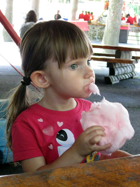 Niece Eating Cotton Candy (Click to enlarge)
