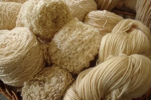 white yarn 2