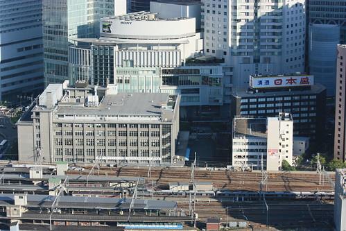 ここ10年間での大阪駅周辺の変わりっぷりがこちら→  [255920271]YouTube動画>3本 ->画像>93枚
