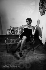Lady in Black (Jeffrey Rodriguez (JeffrOD)) Tags: white black blancoynegro blanco gris blackwhite dominicanrepublic negro gray bn duotone ng republicadominicana 2color domrep repdom 2colores jeffrod jeffreyrodrguez