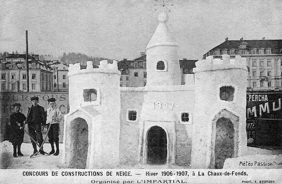 concours de constructions de neige à la Chaux-de-Fonds pendant l'hiver 1907