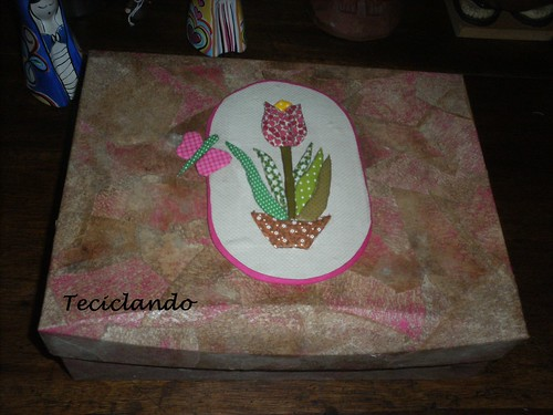 caixa patch isopor by Teciclando artes em tecidos