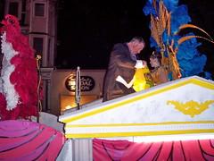 nola04b017 New Orleans, Night Parade 2004 (CanadaGood) Tags: pink blue people usa color colour 2004 yellow night america person evening louisiana purple neworleans magenta parade streetphoto nola mardigras 2000s canadagood