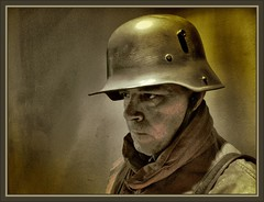 GERMAN SOLDIER - WW1 -1918 YEAR (Ernest Descals) Tags: people man men history portraits vintage germany soldier army deutschland war wwi helmet selfportraits documentary guerra krieg retratos german militar alemania soldiers mann recreation ww1 greatwar firstworldwar historia documento soldat reich soldado guardia armee deutsch autoretratos militaria aleman historie ejercito centinela geschichte soldados reenacting historica kampf erholung historico soldats historische twentiethcentury recreacion germansoldiers dokumente erzhlung sigloveinte primeraguerramundial trincheras stahlhelm historiador granguerra miltar soldadosalemanes ernestdescals deutschsoldatww1