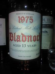 Bladnoch 13yo 1975 (eitaneko photos) Tags: mobile tokyo bottle may single 1975 whisky 2009 cl malt bladnoch 13yo