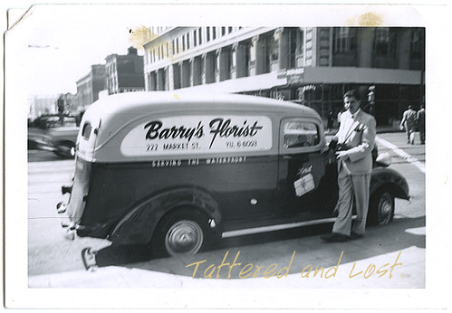 Barrys Florist truck_tatteredandlost
