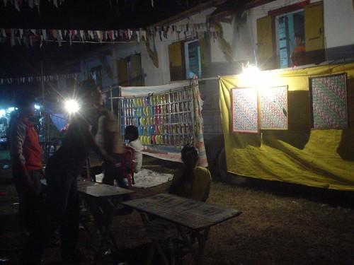 180.Champasak當地的慶典:還有園遊會射飛鏢等遊戲