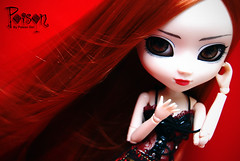 Happy Birthday Poison! (-Poison Girl-) Tags: birthday friends red brown white eyes doll acrylic dolls goth ivy pullip poison custom pullips kaoru poisongirl rida redhaired obitsu junplanning taeyang pulliprida acryliceyes zuora pullipcustom taeyangs pullipzuora sbhm maguna taeyangmaguna ridacustom
