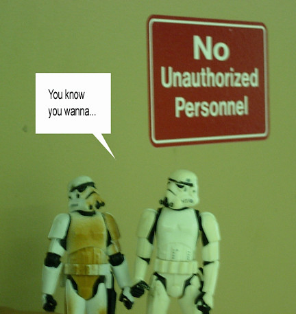 unauthorized personnel sign. No Unauthorized Personnel