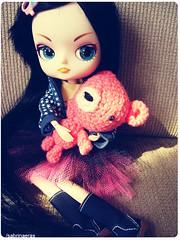 Coraline has new hair (Sabrina Eras) Tags: bigeyes dal amigurumi plasticdoll hangry rewig cancanrement