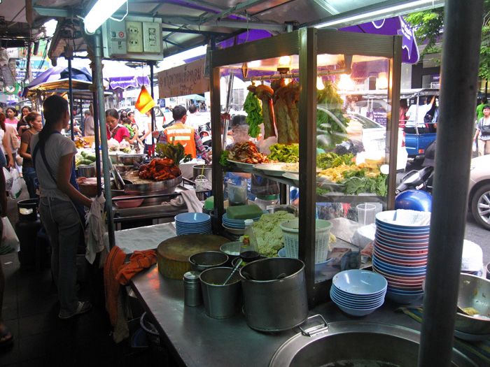 5697477013 4937992119 o Top 16 Bangkok Street Food Sanctuaries