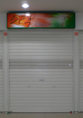 Reklame Neon Box tenan SF1 Balikpapan Trade Center