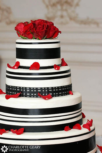 3385432543 98fb2e8a8b Red Black And White Wedding Cakes