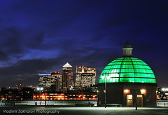 london view. docklands from greenwich (Vladimir Zakharov  ) Tags: uk london horizontal architecture outdoors photography twilight downtown cityscape dusk greenwich citylife nopeople illuminated dome docklands canarywharf riverthames londonengland capitalcities traveldestinations nikond700 nikon2470g28