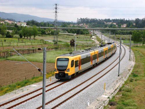 comboio cp/urbano, por: forúm skycrapercity