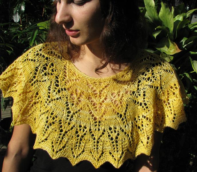 In-the-Garden-Capelet-Yellow-008-1