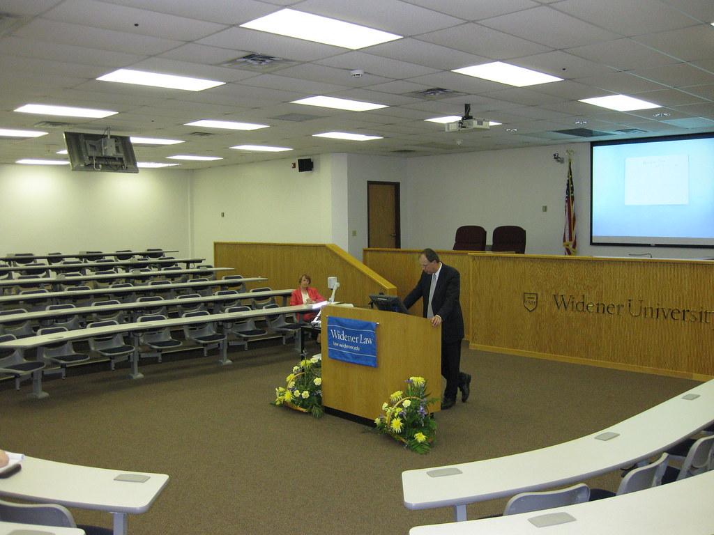 2009 Harrisburg ITAP Speaker Roxanne Conlin IIMG 0392