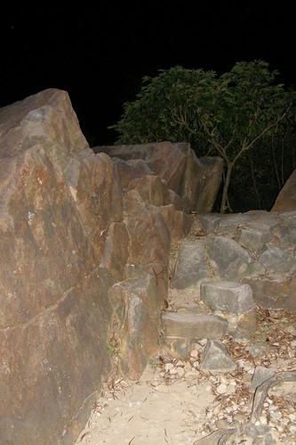 19.金面山上的奇石