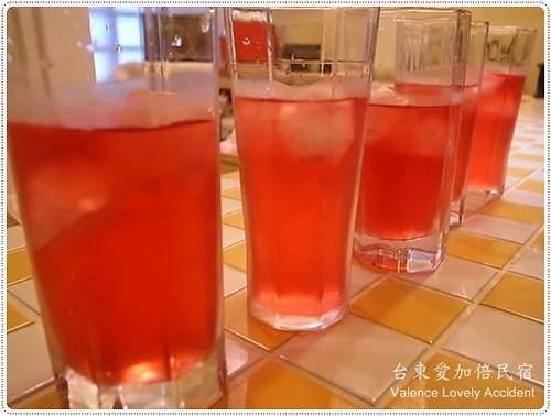 台東愛加倍民宿_洛神花茶