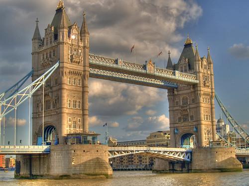 Puente de Londres por J. Alberto Carrasco.