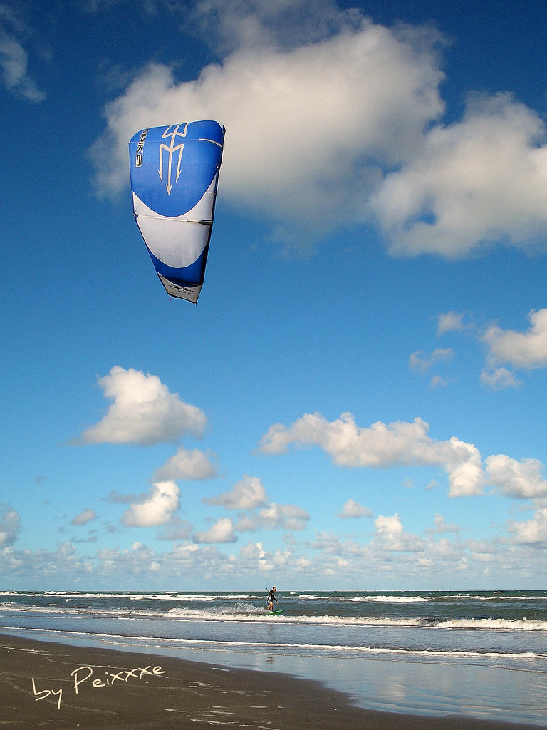 Kite Surf in Cassino Beach