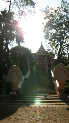39.塔山(Wat Phnom)入口