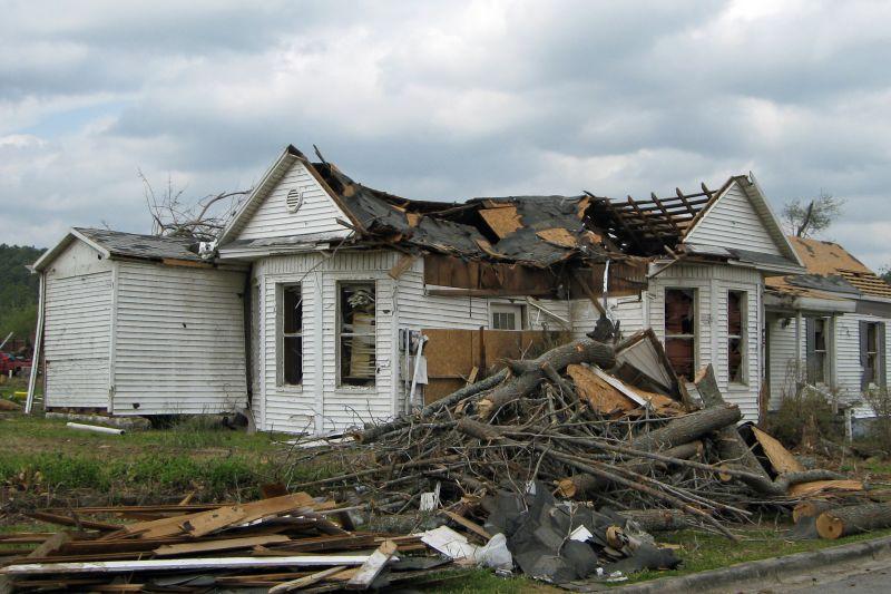 Mena Tornado 2009 41