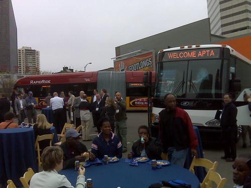 APTA_bus_show