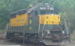 Housatonic 3601 (blazer8696) Tags: railroad 2004 connecticut sony ct cybershot providence fishkill locomotive popular danbury hartford hpf housatonic nyne dscf707 3601 hrrc gp35 dsc02175 t2004
