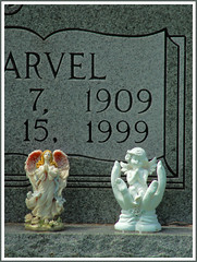 (Cliff Michaels) Tags: grave photoshop d50 nikon tennessee headstone angels figurine blountcounty graveart