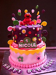 elmo cake (The House of Cakes Dubai) Tags: cake elmocake houseofcakesdubai cakesindubai