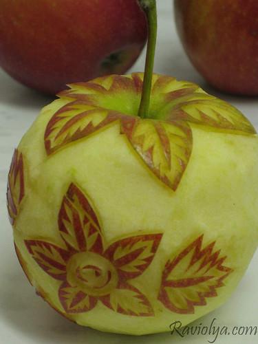 Фото карвинг цветы на яблоке