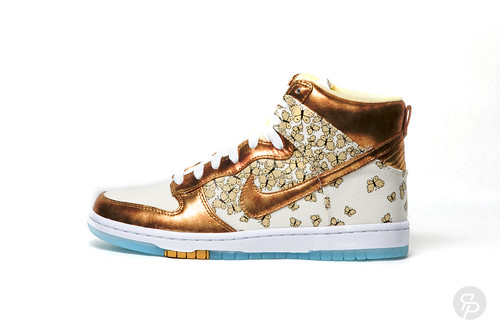 Nike Women's Nike Dunk High Skinny Supreme