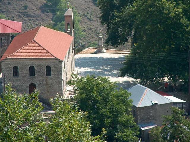 Θεσσαλία - Τρίκαλα - Κοινότητας Νεράιδας Η πλατεία του χωριού