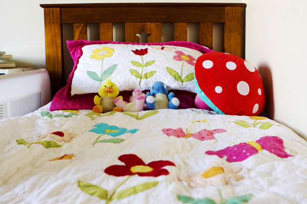 The Cute Coverlet