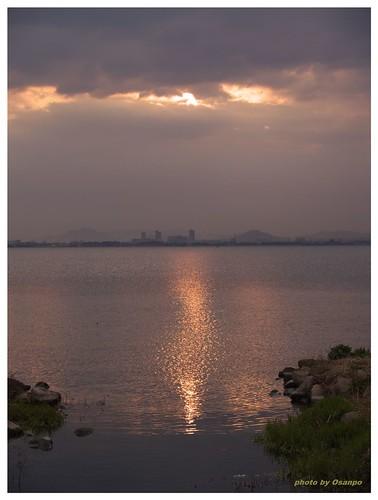 Morning of the Lake Biwa 090327 #03