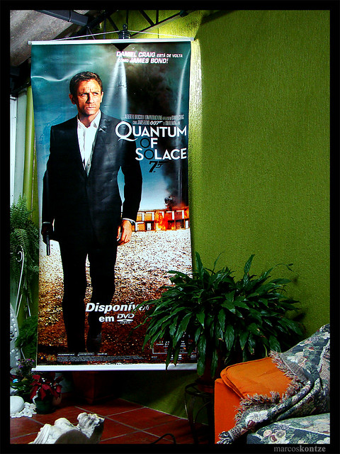 007 - Quantum Of Solace (Banner) by Marcos Kontze