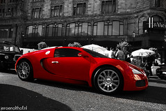 Bugatti Veyron 16.4 (Jeroenolthof.nl) Tags: uk red england bw white black color london beautiful modern silver volkswagen photography grey lights is amazing nice movement jeroen nikon photographer view shot britain united rear great d70s kingdom s automotive 45 east emirates explore arab londres gb if paparazzi rrr lovely middle nikkor abu dhabi zwart wit londra v1 exclusive vr engeland londen zw f35 emirati automotion molsheim 1685 olthof wwwjeroenolthofnl jeroenolthofnl jeroenolthof