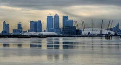 Canary Wharf Skyline, London (5ERG10) Tags: uk england mist reflection building london sergio misty thames photoshop river nikon skyscrapers unitedkingdom o2 arena wharf dome handheld symmetric canarywharf londra hdr highdynamicrange inghilterra tamigi millenniumdome d300 3xp photomatix tonemapping nikkor18200mm thamesbarriers o2arena amiti 5erg10 sergioamiti