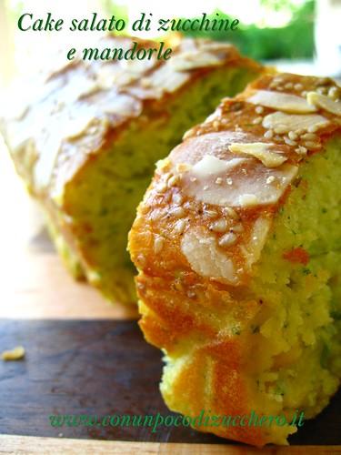 Cake salato di zucchine e mandorle
