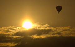 Balloon at Sunset (B4bees) Tags: sunset clouds scotland high balloon soaring fabulous glenfarg skyring exemplaryshot olympuse510 yellowphotography duncrievie brianforbes brianmforbes couriercountry