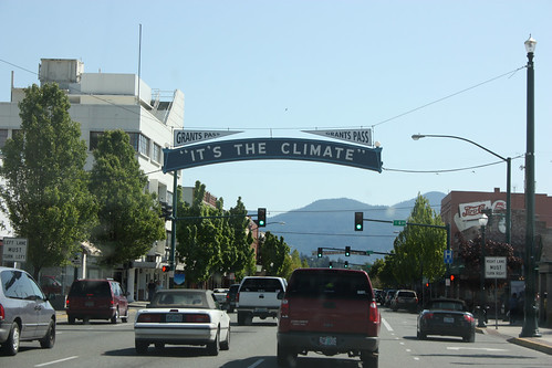 Welcome to Grants Pass, it's the climate don't you know