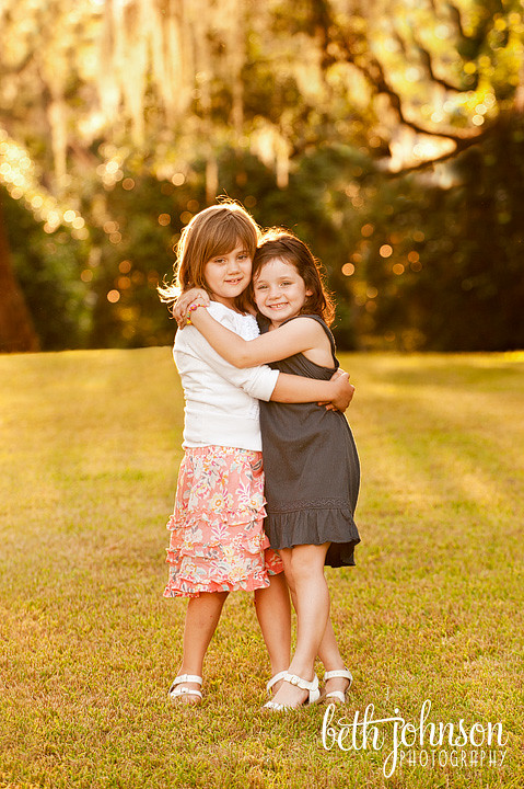 two sisters in tallahassee with beautiful light