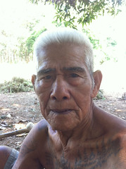 nice old thai man (maiks72) Tags: china old people man smile face kids children asian thailand asia bangkok buddhist monk oldman grandpa vietnam elderly thai elder wise grandad portaits  grayhair whitehair youngboys novice seniorcitizen