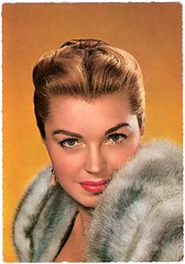 Esther Williams (Truus, Bob & Jan too!) Tags: cinema film vintage movie fur star glamour kino williams postcard picture cine screen american hollywood actress movies esther postal postale cartolina carte allure trajet postkarte sensuous filmstar bathingbeauty ansichtkaart estherwilliams filmster krger