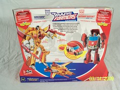 Target Exclusive - Transformers Animated Sunstorm vs. Autobot Ratchet (back) (JTKranix) Tags: eye class robots more transformers disguise than target voyager animated exclusive sunstorm autobot meets decepticon ratchet activators the in kranix