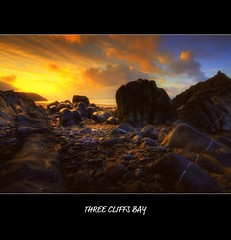 THREE CLIFFS BAY (Wiffsmiff23) Tags: sunrise rocks ligh threecliffsbay thegower supershot
