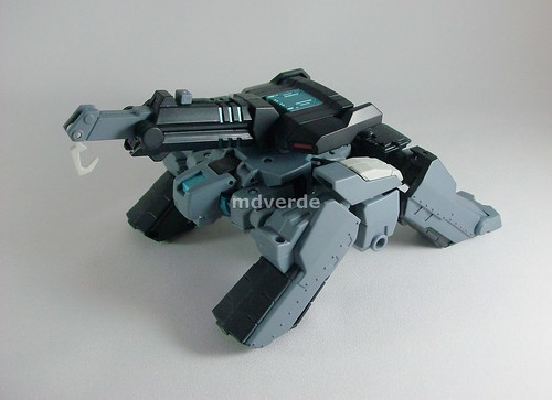 Transformers Shockwave Animated Voyager - modo Autobot Longarm grúa